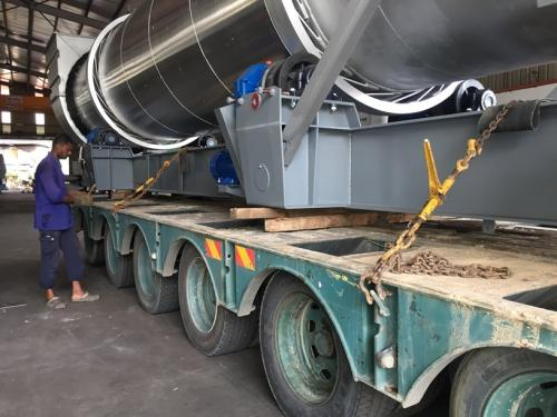 Securing-large-workpiece-to-be-delivered